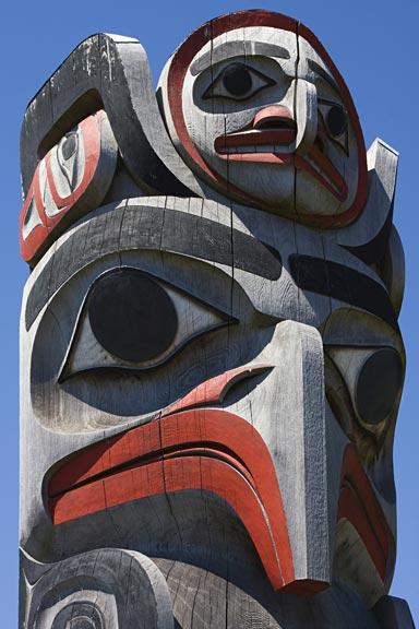 Haida Heritage Centre at Kaay Llnagaay